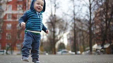 1歳 歩かない 靴 サイズ