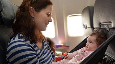 生後3ヶ月 旅行 飛行機