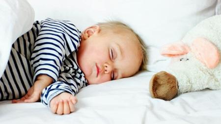 生後6ヶ月 寝返りしない うつぶせ寝