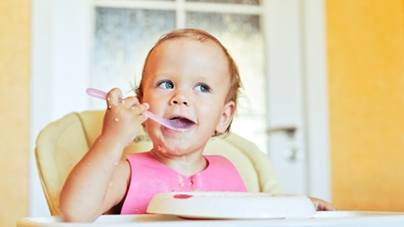 1歳 離乳食 食事 量