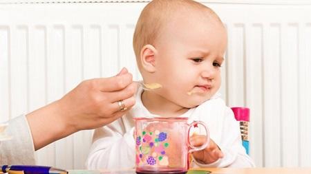 生後8ヶ月 離乳食 食べない 体重増えない