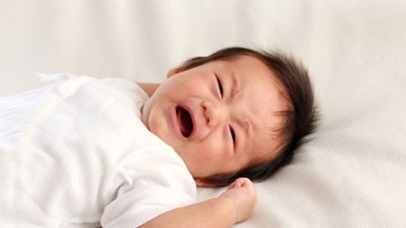 生後2ヶ月 寝ない 夜泣き