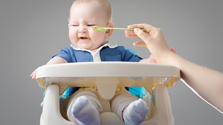 生後5ヶ月 離乳食 食べない 体重