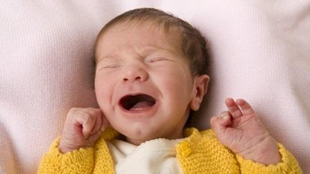 生後3ヶ月 寝ない 夜泣き