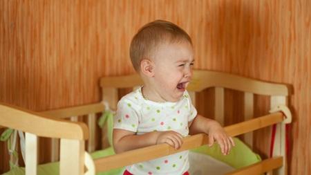 1歳4ヶ月 寝ない 夜泣き 夜中 起きる