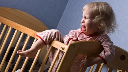 1歳 寝ない 夜泣き 夜中 起きる