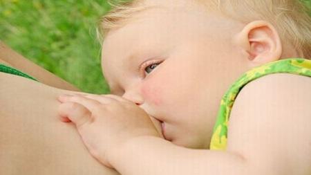 生後10ヶ月 授乳間隔 回数 時間