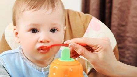 生後9ヶ月 離乳食 食べない 体重増えない