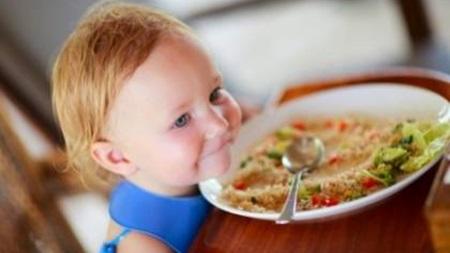 1歳3ヶ月 離乳食 食べない 体重増えない