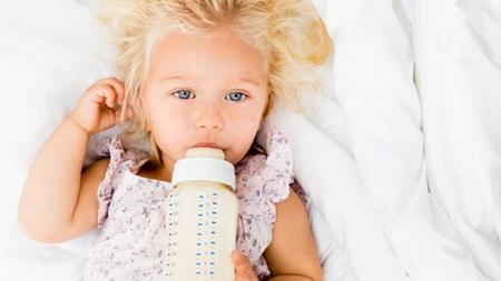 生後9ヶ月 ミルクの量 授乳量