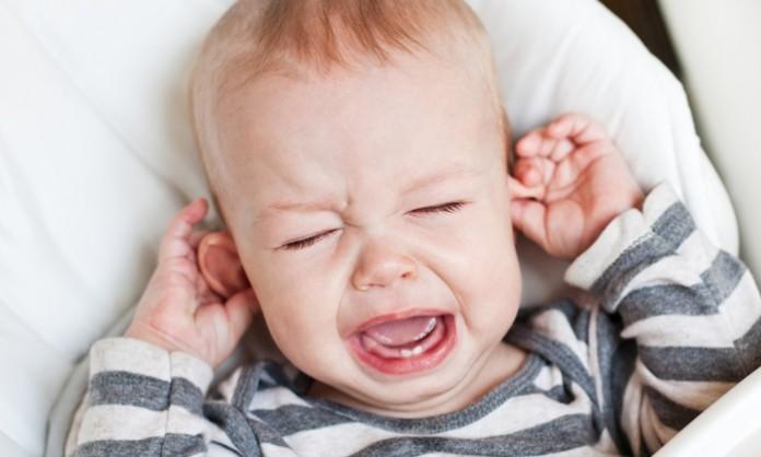 赤ちゃんの中耳炎について知っておきたいこと