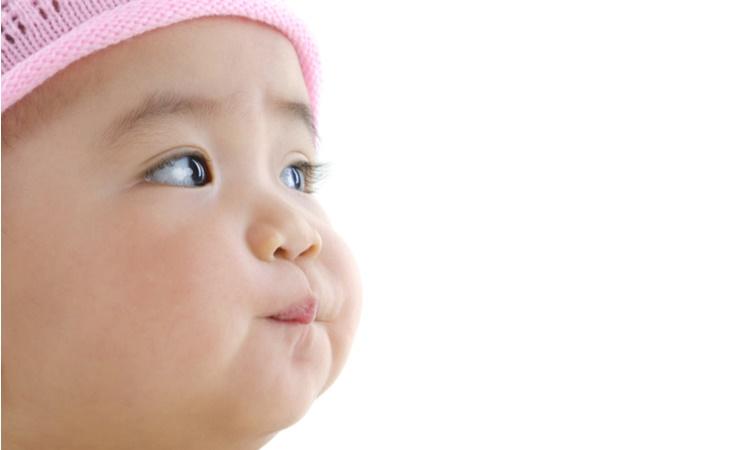 赤ちゃんの二重まぶた・一重まぶたの体験談