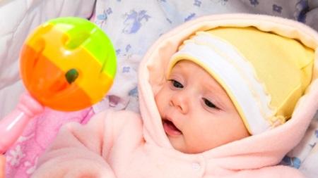 生後3ヶ月~生後4か月の視力