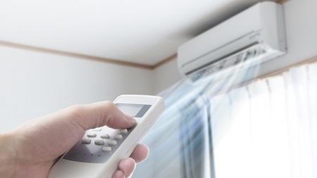 エアコンの温度と床の温度