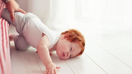 赤ちゃんが頭をぶつけやすい理由