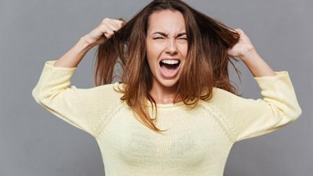 抜け毛以外の髪のトラブル パサつく
