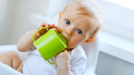 何歳まで麦茶を薄めるのか