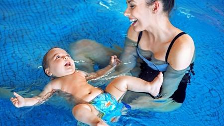 赤ちゃんの水着やおむつについて