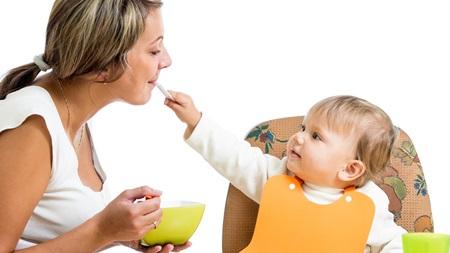 産後の食べ物の影響