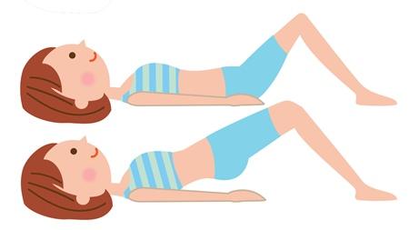 産褥体操をする
