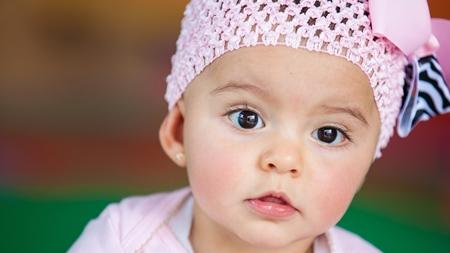 赤ちゃんの鼻にはまだ鼻毛が生えてない