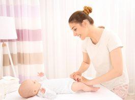 赤ちゃんのおちんちん「むきむき体操」について知っておきたいこと  する?しない?やり方は?