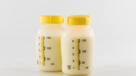 差し乳の搾乳