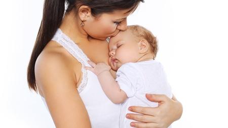 抱かないと眠らない赤ちゃんへの対処法