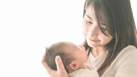 生後0~3ヶ月の赤ちゃん