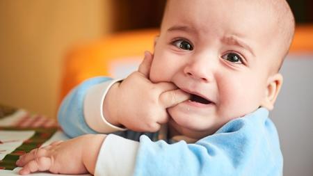歯ぐずりの症状とは?
