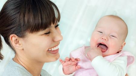 生後4か月 笑顔 笑わない