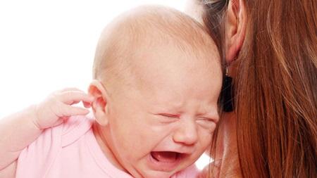 ママのイライラが伝染して泣く場合