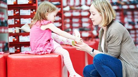 赤ちゃんの靴の買い替えの目安とは?