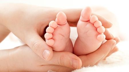 赤ちゃんの足の特徴とは?