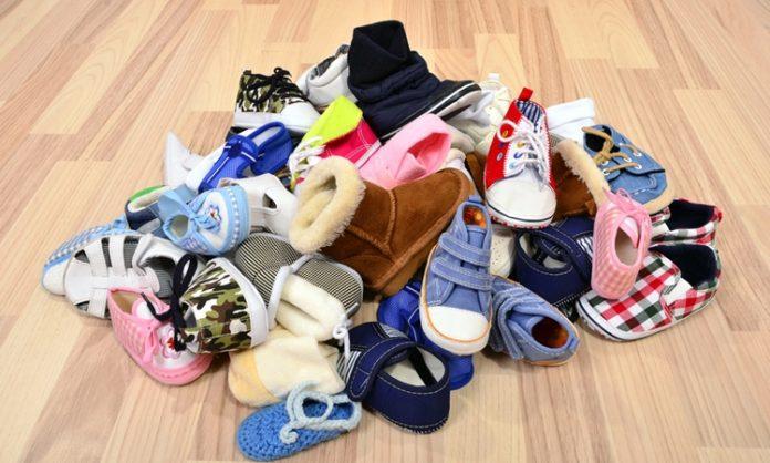 赤ちゃんの靴(ファーストシューズ)の選び方で知っておきたいこと
