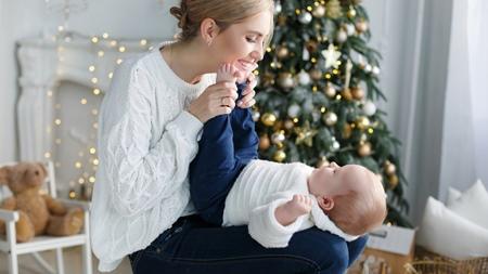 赤ちゃんの手足が冷たい場合は靴下をはかせたほうがいい?