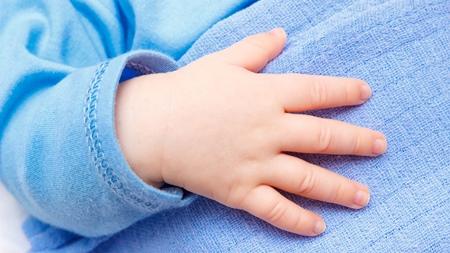 赤ちゃんの爪の伸びについて