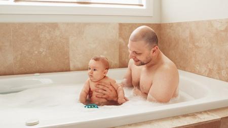 お父さんと二人でお風呂に入れる時のポイント
