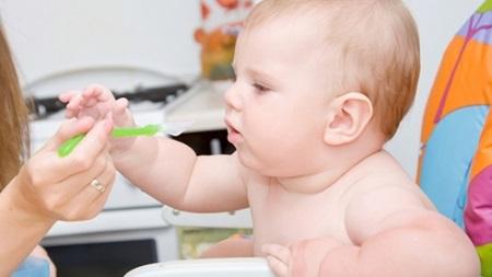 離乳食中期について