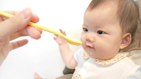 離乳食開始に伴う下痢で離乳食は一時中止に