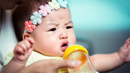 哺乳瓶を嫌がるときの対処法とは?
