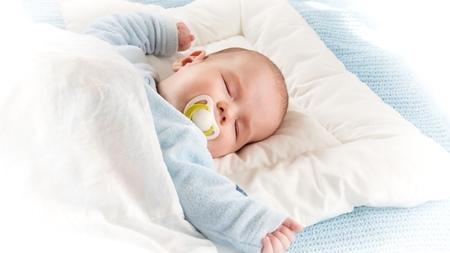 赤ちゃんの布団はセットで購入する?
