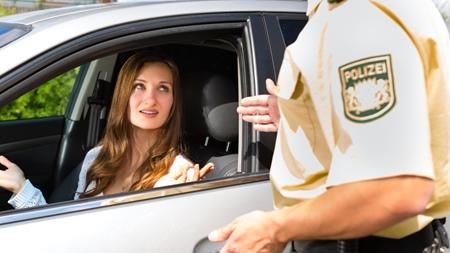 チャイルドシートを着用しなかった場合の罰則とは?