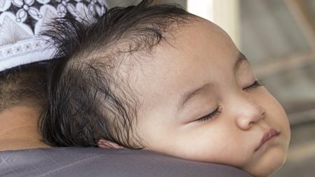 赤ちゃんの寝汗対策 対処法は?