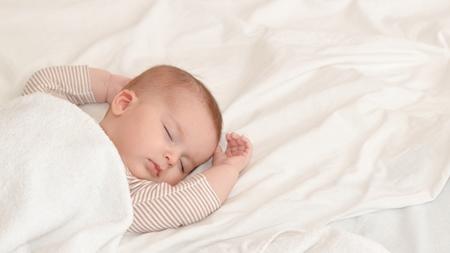 月齢9ヶ月から満1歳頃の昼寝