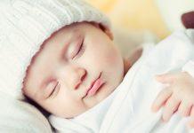 赤ちゃんの昼寝について知っておきたいこと 時間 回数 月齢 寝かせ方 起こし方 など