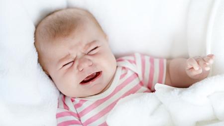 赤ちゃんが泣き止まないときの対処法