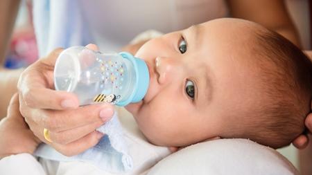 赤ちゃんの水分補給を忘れずに
