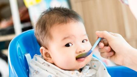 離乳食初期の注意点