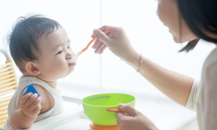 赤ちゃんにチーズを食べさせるときに知っておきたいこと いつから 注意点 種類 月齢 アレルギーなど